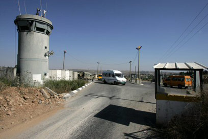 Atara - Bir Zeit checkpoint north of Ramallah in the West Bank - June 2009