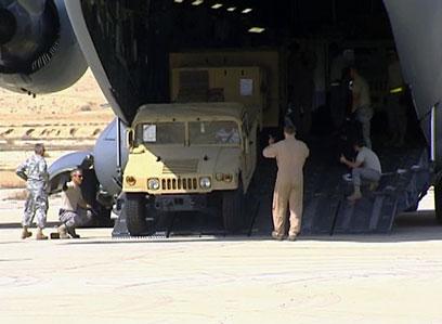 """חיילים אמריקנים בישראל בתרגיל ב-2009. לא יישלחו שתי ספינות (צילום: דובר צה""""ל)"""