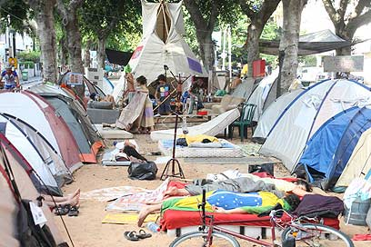 Rothschild's tent city. Moving to phase two (Photo: Motti Kimchi )