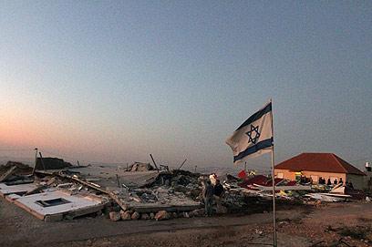 מבנים במגרון לאחר אחת מפעולות ההריסה במקום (צילום: גיל יוחנן)