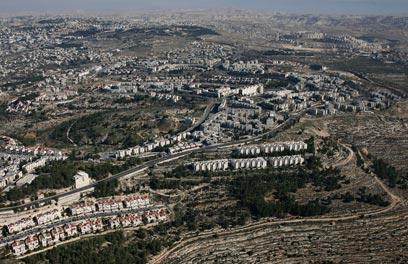 שכונת גילה בירושלים (צילום: באדיבות Lowshot)