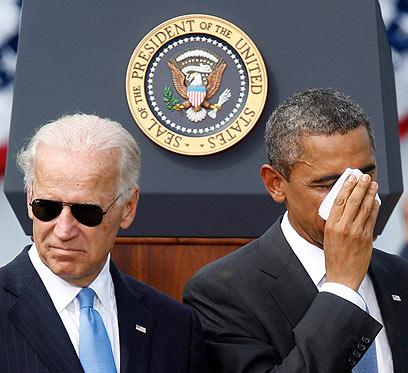 הנשיא אובמה, וסגנו ביידן. זה שקל, האחר טרפד (צילום: רויטרס)