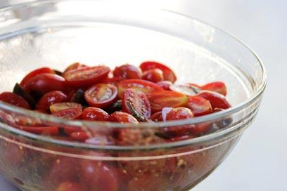 די איתן! עגבניות שרי (צילום: מיכל וקסמן)