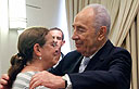 President Shimon Peres with Aviva Shalit (Photo: Miriam Alster/ Flash 90)