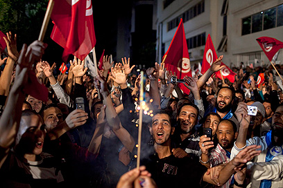 Islamic party fans in Tunisia (Photo: EPA)