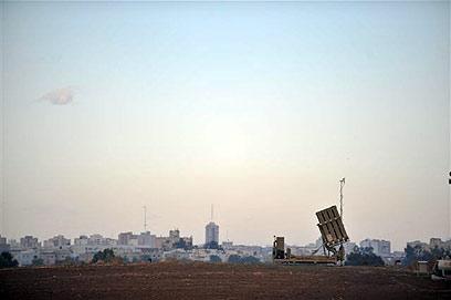 """ארכיון. מערכת כיפת ברזל באזור אשדוד. """"שותפים להצלחה"""" (צילום:  אבי רוקח)"""