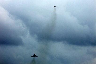 """חיל האוויר הישראלי מתאמן באיטליה, """"השימוש במטוסים מסוכן""""  (צילום: דובר צה""""ל)"""
