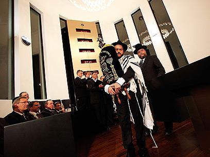 חנוכת בית הכנסת מסמלת פריחה מחודשת של החיים היהודיים בגרמניה (צילום: באדיבות משה פרידמן – ועידת רבני אירופה)