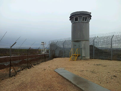 עמדת השמירה החדשה באזור הגבול (צילום: יואב זיתון)