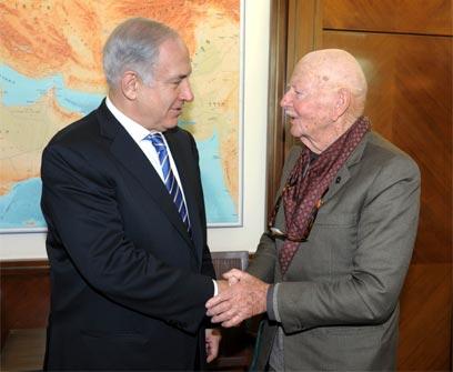 """שליט ונתניהו, היום בתל אביב (צילום: משה מילנר, לע""""מ)"""