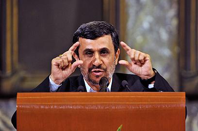 נשיא איראן אחמדינג'אד. זה מה שיעצור אותו? (צילום: AFP)