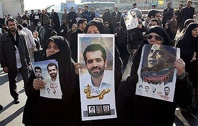 הלווית מדען הגרעין האיראני, מוסטפה אחמדי רושן (צילום: אתר פארס)