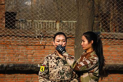 יזמיות דורשות שומרות ראש נשים (צילום: רויטרס)
