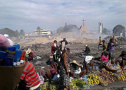 שוק ליד מרכז העיר שלא קיים יותר (צילום: אייל רייניך )
