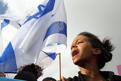 גיבוי ממובילי המחאה החברתית, היום בירושלים (צילום: גיל יוחנן)