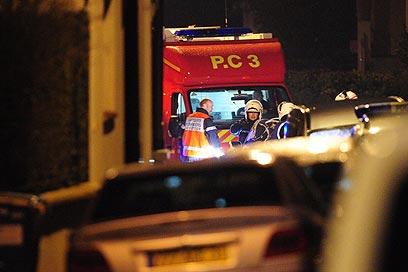 לפחות 3 שוטרים צרפתיים נפצעו במבצע המעצר המיוחד (צילום: MCT)