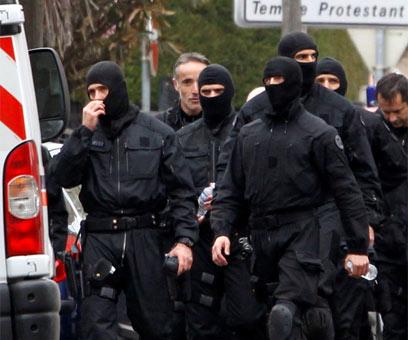 הכוחות המיוחדים, אחרי הפשיטה (צילום: רויטרס)
