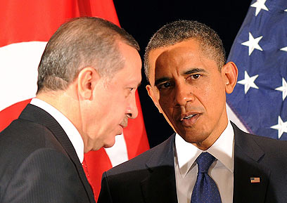 """אובמה עם ארדואן. גם נשיא ארה""""ב היה על הקו (צילום: AFP)"""