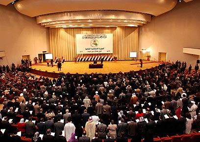 בפרלמנט העיראקי בשנה שעברה. ישראל על הכוונת (צילום: רויטרס)