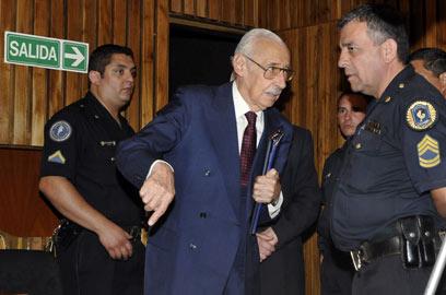 וידלה בימי משפטו (צילום: AFP)