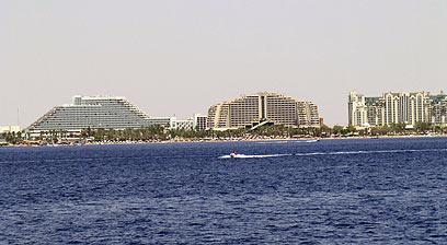 אזור המלונות באילת. במצרים לא שכחו (צילום: יואב גלזנר)