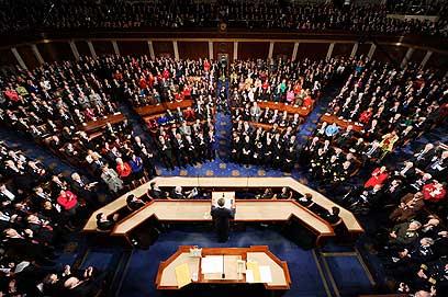 אובמה נואם לאומה בפני שני בתי הקונגרס, ארכיון (צילום: AFP)