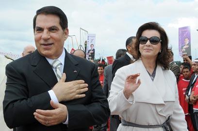 """""""לאחר הדחתם, התחיל המוסד להגביר פעילותו"""". בני הזוג בן עלי (צילום: AFP)"""