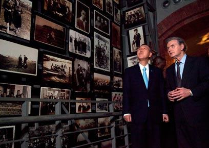 """""""'תינוק' מפריז יצר איתנו קשר ואמר: 'זה אני'"""". מוזיאון השואה בוושינגטון (צילום: AP)"""