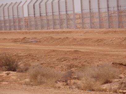 גבול ישראל מצרים. חשש ממהומות אחרי ההפיכה (צילום: רוחמה ביטון)