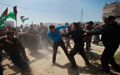 עימותים בצפון הרצועה  (צילום: רויטרס)