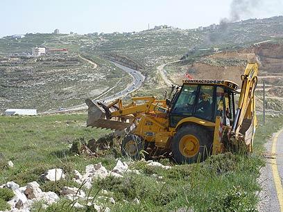 עבודות הפיתוח באתר החלופי, גבעת היקב (צילום: תמר אסרף)