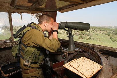 מערכת תצפית משודרגת תוצב בגבול עם סוריה (צילום: חגי אהרון)