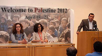 מסיבת העיתונאים, אחר הצהריים בבית לחם (צילום: אוהד צויגנברג)