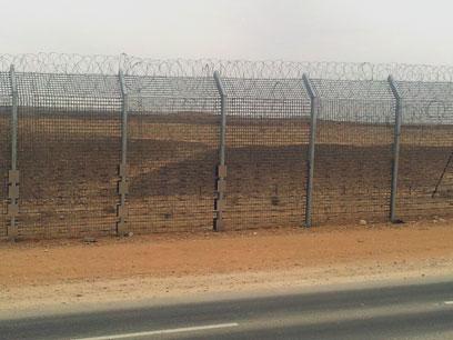 הגדר החדשה בגבול מצרים (צילום: יואב זיתון)