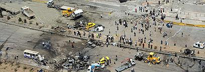 זירת הפיגוע (צילום: רויטרס)