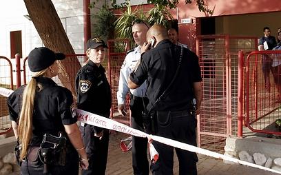 """""""הם היו זוג שקט"""". שוטרים מחוץ לזירה (אליעד לוי)"""