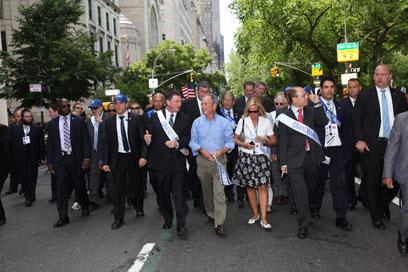 בלומברג, אדלשטיין ושלום במצעד (צילום: שחר עזרן)