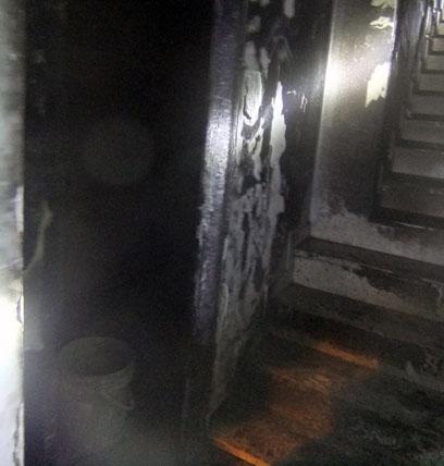 נזק כבד נגרם  (צילום: שרותי כבאות והצלה ירושלים)