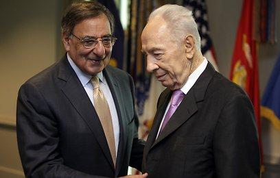 פאנטה לצד הנשיא, שוחחו על איראן ושיתוף הפעולה (צילום: רויטרס)