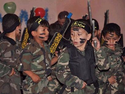 חגיגת סיום של הילדים הקטנים בעזה