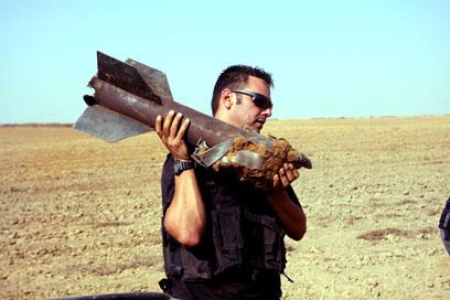 ירי בלתי פוסק. עוד קסאם שנאסף במועצה האזורית אשכול, היום (צילום: אליעד לוי)