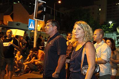 גבי אשכנזי ורעייתו, הערב בתל אביב (צילום: עופר עמרם)