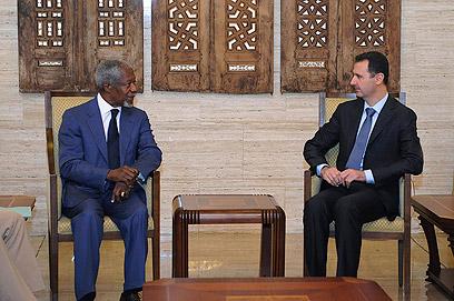 הטיל ספק לגבי מחויבות הנשיא הסורי לתוכנית השלום. אנאן ואסד (צילום: רויטרס)