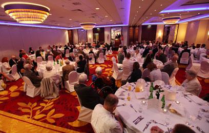 אירוע ההוקרה במלון ורשה (צילום: AP)