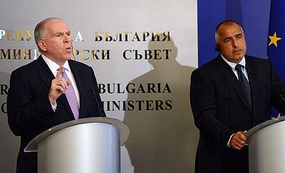 """בוריסוב וברנן בסופיה, היום. """"לא יכולנו למנוע"""" (צילום: AFP)"""