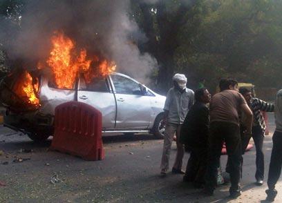 הפיגוע ליד השגרירות הישראלית בניו דלהי (צילום: AFP)