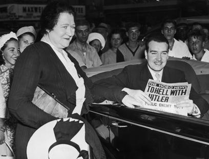 ביקש להצטרף למאבק נגד העריצות. ויליאם פטריק היטלר ואמו בריג'יד (צילום: gettyimages)