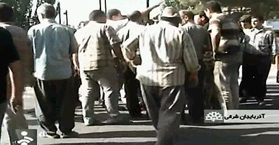 תושבים נמלטו לרחובות טבריז