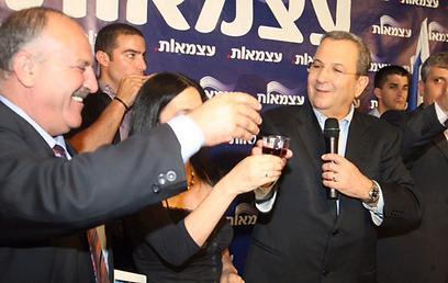 """""""איש מאוזן. אזרחי ישראל יכולים לישון בשקט"""", העריך השר שמחון (צילום: מוטי קמחי)"""