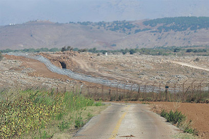 """אזור הגבול עם סוריה. """"סכסוך פנים-סורי שזלג לישראל"""" (צילום: ירון ברנר)"""